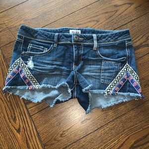 Mudd Jean Embroidered Aztec Shorts